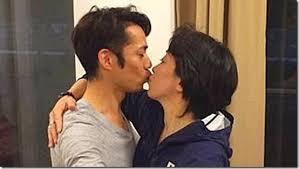橋本聖子議員がキスを強要したと報じられた時に掲載された写真